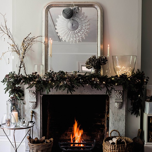 Top festive fireplace ideas for Christmas home decorations uk